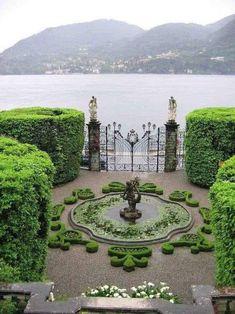 Formal Gardens, Outdoor Gardens, Courtyard Gardens, Dream Garden, Garden Art, Parks, Italian Garden, Beautiful Gardens, Garden Landscaping