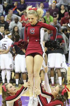 South Carolina cheerleaders South Carolina Gamecocks Football, Cheer Fails, Cheer Picture Poses, College Cheerleading, Ice Girls, Ukraine Girls, Football Cheerleaders, Cheer Pictures, Halloween Images