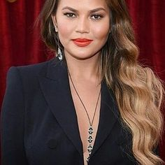 Chrissy Teigen only with Nikos Koulis jewelry. Oui collection lariat necklace with emeralds and a ststement earring (it's possibie wear it as a brooch) with emerald and white diamonds.  __________  @Regrann from @holychic_blog -  Such a beauty @chrissyteigen stunned at last nights @sagawards  Catch up on all of the looks I loved in today's Style Round Up post on Holy Chic  Click the link in my bio to read more  #SAGawards #ChrissyTeigen #RedCarpet #Style #Fashion #NewBlogPost #Glam…