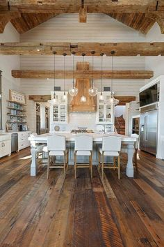 Kitchen Interior Rustic Kitchen Rustic Kitchen Gorgeous textures were added to this rustic kitchen with reclaimed wood floors, shiplap walls, reclaimed beams and reclaimed barn wood Texas Farmhouse, Farmhouse Interior, Home Interior, Interior Design Kitchen, Rustic Farmhouse, Pantry Interior, Cabin Interior Design, Farmhouse Design, Rustic Design
