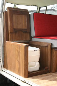 99 Awesome Camper Van Conversions That'll Make You Inspired (45)