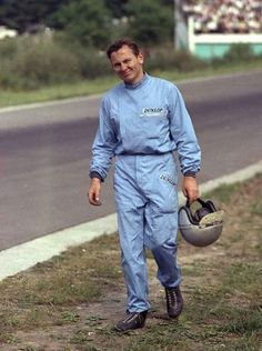 Bruce Leslie McLaren. (ph: © J. Ross)