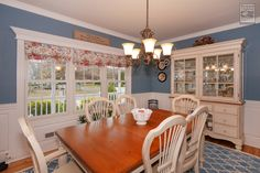 Who will you be spending Thanksgiving with this year? In honor of the holiday, we're sharing some window installations in dining rooms from our Houzz profile:  http://www.houzz.com/projects/2150412/beautiful-dining-rooms-with-new-windows-from-renewal-by-andersen-long-island  . . . . .  Remodeling / Renovations / Home Improvements / Replacement windows from Renewal by Andersen Long Island