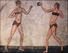 Roman girls playing ball game from the Roman mosaic 'Coronation of the Winner' in Villa Romana del Casale at Piazza Armerina, Sicily, Italy In Ancient Times, Ancient Rome, Ancient Greece, Ancient Art, Ancient History, Villa Romaine, Roman Dress, Roman Clothes, Rome Antique