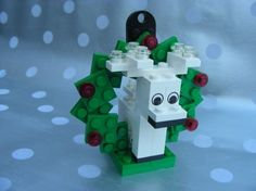 Lego Reindeer instructions. More instructions can be found @ http://peeron.com/cgi-bin/invcgis/psearch?query=christmas&limit=none