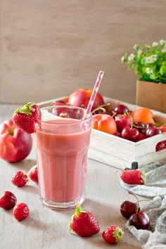 5 batidos para aumentar masa muscular Smoothie Recipes, Smoothies, Panna Cotta, Detox, Food And Drink, Cocktails, Nutrition, Health, Ethnic Recipes