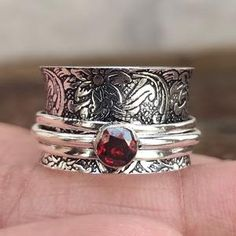 Garnet Rings, Garnet Gemstone, Gemstone Rings, Mothers Bracelet, Boho Rings, Jewelry Rings, Silver Jewelry, Fine Jewelry, Jewelry Making