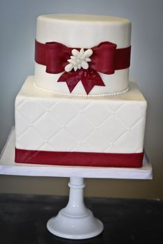 Traditional Ivory and Red Bow Quilted Cake. Wedding Cakes Gallery « Sweet & Saucy Shop Sweet & Saucy Shop