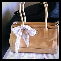 """Coach Tan Purse GUC 12"""" wide 6"""" straps inside zipper pocket and two pockets for cell phone,  comes with dusting bag. Medium size. Coach Bags Shoulder Bags"""