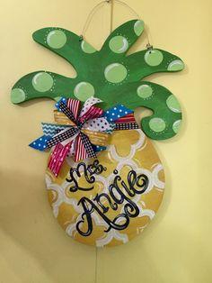 I painted this pineapple door hanger to match a classroom theme First Grade Classroom, Classroom Design, Kindergarten Classroom, Future Classroom, Classroom Themes, School Classroom, Teacher Door Signs, Teacher Doors, School Decorations