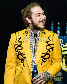 this suit is unreal #postmalone