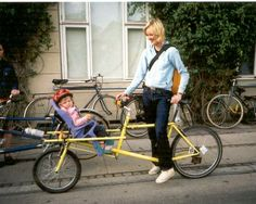 Zoom in (real dimensions: 726 x Fixed Gear Girl, Velo Cargo, Urban Cycling, Cargo Trailers, Kids Seating, Bicycle Girl, Kids Bike, Bike Style, Bike Frame