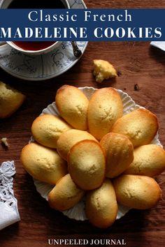Vanilla Sugar, French Vanilla, Cupcake Cookies, Cupcakes, Madeleine Recipe, Simple Dessert, Vanilla Sponge, Tea Cakes, French Food