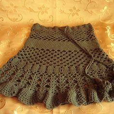 Fabulous Crochet a Little Black Crochet Dress Ideas. Georgeous Crochet a Little Black Crochet Dress Ideas. Moda Crochet, Crochet Skirt Pattern, Crochet Skirts, Knit Skirt, Crochet Lace, Crochet Patterns, Skirt Patterns, Crochet Summer, Coat Patterns