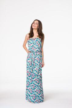 Cudowna sukienka ecru w wiosenne różowe kwiaty Strapless Dress, Summer Dresses, Fashion, Strapless Gown, Moda, Summer Sundresses, Fashion Styles, Fashion Illustrations, Summer Clothing
