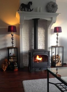 High mantle over wood stove. Stove Fireplace, Fireplace Mantels, Fireplaces, My Living Room, Home And Living, Wood Stove Surround, Wood Pellet Stoves, Best Camping Stove, Wood Burner