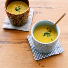 かぼちゃのポタージュ料理家・フルタヨウコさんに教わる、秋の根菜をつかったレシピは、「かぼちゃのポタージュ」です。かぼちゃの登場回数が多くなる季節ですよね、そんななか食感をかえられるのがポタージュ。さら