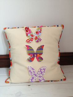 Butterfly Cushion by @Kate Mazur Mazur Mazur F. Jones  http://sizzixukblog.blogspot.co.uk/2013/06/butterfly-cushion.html