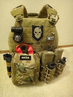 Mounted up the med pouch to the PIG. - Davy J.