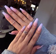 55 Best & Simple Nail Art Designs for 2019 Lady Nail art designs are quite a popular thing amongst girls. Just Explore here and see our Best & Easy Nail Art Designs to make your finger more beautiful. So must try it and make your day more beautiful. Acrylic Nails Natural, Simple Acrylic Nails, Summer Acrylic Nails, Best Acrylic Nails, Acrylic Nail Designs, Ombre Nail Designs, Acrylic Art, Purple And Pink Nails, Blue Ombre Nails