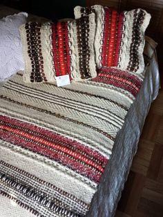 Piecera y cojines para cama 2 plazas, 100% lana de oveja.