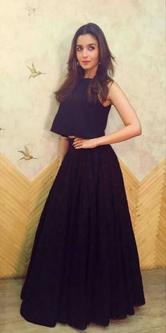 Alia Bhatt on living alone: It's made me more responsible! Alia Bhatt on living alone: It's made me more responsible! Western Dresses, Indian Dresses, Indian Outfits, Bollywood Celebrities, Bollywood Fashion, Bollywood Style, Indian Attire, Indian Wear, Saris