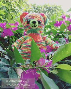 Osito Neón explorando en mi jardín  Neon teddy bear exploring in my garden (Patrón por: @anabelletracy Pattern by: @anabelletracy ) #CrochetByMarisa #tejido #tejidoamano #tejidocrochet #gancho #ganchillo #crochet #croche #puntadas #stitches #osito #teddybear #neon #spring #love #handmade #hechoamano #hechoconamor #madewithlove #tampico #madero #tampicomadero #mexico #hechoenmexico #amigurumi #muñeco by crochetbymarisa