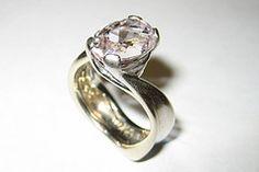 Mindy's ring by Gratny Design