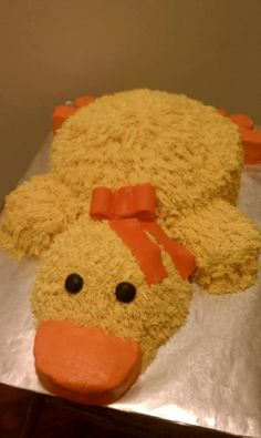 Aha I want this :o Rubber Ducky Party, Rubber Ducky Birthday, Rubber Ducky Baby Shower, Baby Shower Duck, Baby Shower Cakes, Rubber Duck Cake, Duck Cupcakes, Cupcake Cakes, Ducky Baby Showers