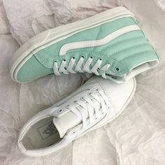 Perfection | VANS Cute Shoes, Me Too Shoes, Vans Skate Shoes, Vanz, Vans Outfit, Walk In My Shoes, Vans Off The Wall, Shoe Box, Shoe Game