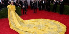 or Hmm…: Rihanna's 2015 Met Gala Costume Institute Ball Guo Pei 2010 Couture Yellow Fur Trimmed Gown Gala Gowns, Gala Dresses, Nice Dresses, Summer Dresses, Yellow Wedding Dress, Yellow Gown, Dress Wedding, Rihanna Looks, Rihanna Style