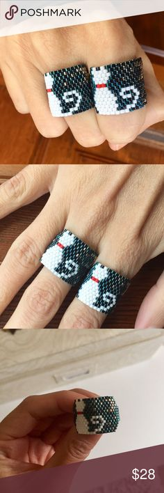 For The Cat Lovers! Amazing Hand Made Cat Ring *Hand Made from artisans of Jalisco, Mexico.        *Made of fine crystal beads.                                       *Huichol Art.                                                                      *Price is FIRM! Jewelry Rings
