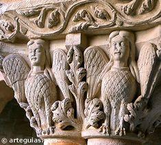 Capitel con las clasicas arpias.  Monasterio de Silos Burgos