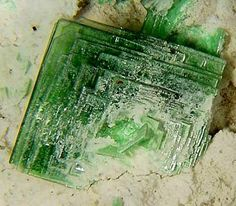 Zeunerite complex crystal from Grand View Mine, Grand Canyon National Park, Arizona / Mineral Friends <3