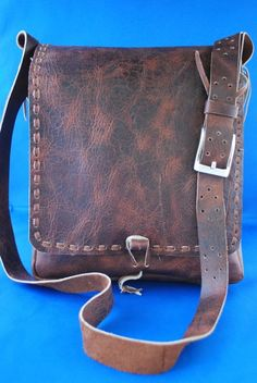 100% leather bag for men or women from guatemala.