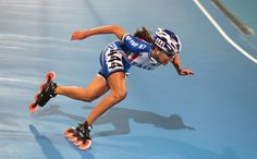 I love inline speed skating because I love going fast. Inline Speed Skates, Gym Leotards, Human Poses, Inline Skating, Skate Surf, Action Poses, Roller Skating, World Championship, Olympic Games