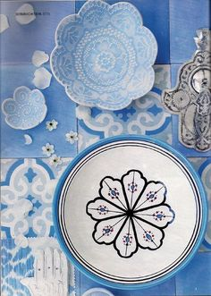 Still looking for the best way to incorporate Mediterranean ceramics into my new home...
