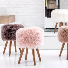 Look to the New Zealand Sheepskin Stool to dress up your favorite spaces. Shop the Apollo Box for accent stools and trendy home decor. Unique Home Decor, Cheap Home Decor, Diy Home Decor, Deco Studio, Old Chairs, Dining Chairs, White Chairs, Green Chairs, Decorating Rooms