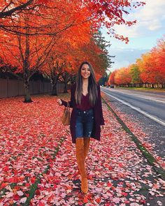 . Teen Girl Shoes, Cowboy Boots Women, Cowgirl Boots, Western Boots, Riding Boots, Hapa Time, Jessica Ricks, Timberland Style, Timberland Fashion