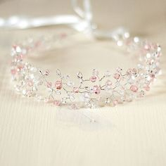 I'm gonna make this 🙍no matter what Hair Jewels, Hair Beads, Bridal Hair Accessories, Wedding Jewelry, Fantasy Jewelry, Tiaras And Crowns, Hair Ornaments, Beads And Wire, Bandeau