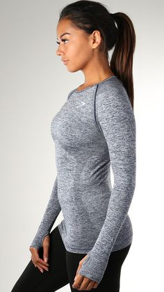 The Seamless Long Sleeve top gives you a closer, more comfortable fit. With a Seamless knit, stretch fit and thumb holes.