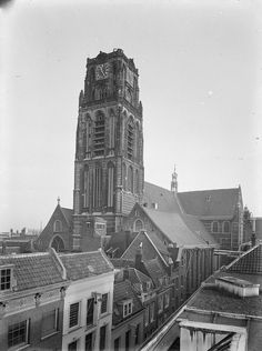 Rotterdam: Sint Laurens Kerk Rotterdam, Dutch Netherlands, Old City, Abandoned Places, Continents, Empire State Building, Holland, Castle, Europe