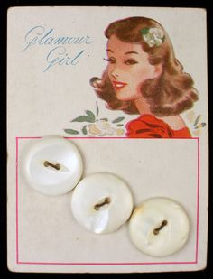 Antique Glamour Girl Mother of Pearl Buttons Original Color Graphic Store Card Beach Fun, Summer Beach, Button Cards, Mother Of Pearl Buttons, Vintage Buttons, Vintage Sewing, Zippers, Ribbon, Glamour