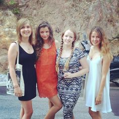 Calder I absolutely love your hair and outfit! Louis Tomlinson Eleanor Calder, The Girlfriends, Love Your Hair, Prom Dresses, Summer Dresses, Her Style, Girl Pictures, Style Inspiration, Celebrities
