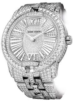 Roger Dubuis High Jewelry Velvet #roger-dubuis #horlogerie @calibrelondon