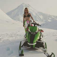 Image may contain: one or more people, sky, nature and outdoor Ski Doo, Snow Machine, Surf Brands, Quad Bike, Snow Fun, Sports Women, Female Sports, Engin, Snow Bunnies