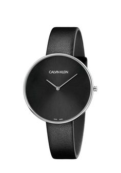 The allure of the female wrist is the focus of the Calvin Klein full moon. Contrasting a pure, oversized stainless Adidas Predator, Bracelet Cuir, Bracelet Watch, Calvin Klein Femmes, Calvin Klein Watch, Leather Watch Bands, Mode Online, Metal Bracelets, Watch Brands