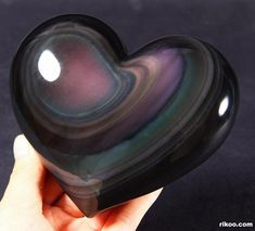 Rainbow Obsidian Carved Heart : good grounding stone, good for chakra. Brings live and light into life, helps to let go of darkness and unloving thoughts. Cool Rocks, Beautiful Rocks, Minerals And Gemstones, Rocks And Minerals, Mineral Stone, Rocks And Gems, Healing Stones, Stones And Crystals, Gem Stones