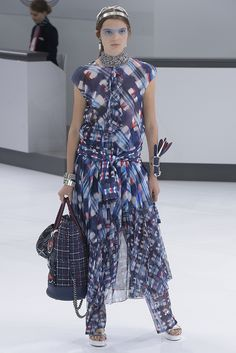 Chanel RTW Spring 2016-Great matching prints!!