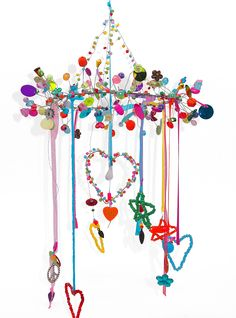 Wire Crafts, Fun Crafts, Diy And Crafts, Arts And Crafts, Diy For Kids, Crafts For Kids, Bead Bottle, Bird Christmas Ornaments, Diy Wind Chimes